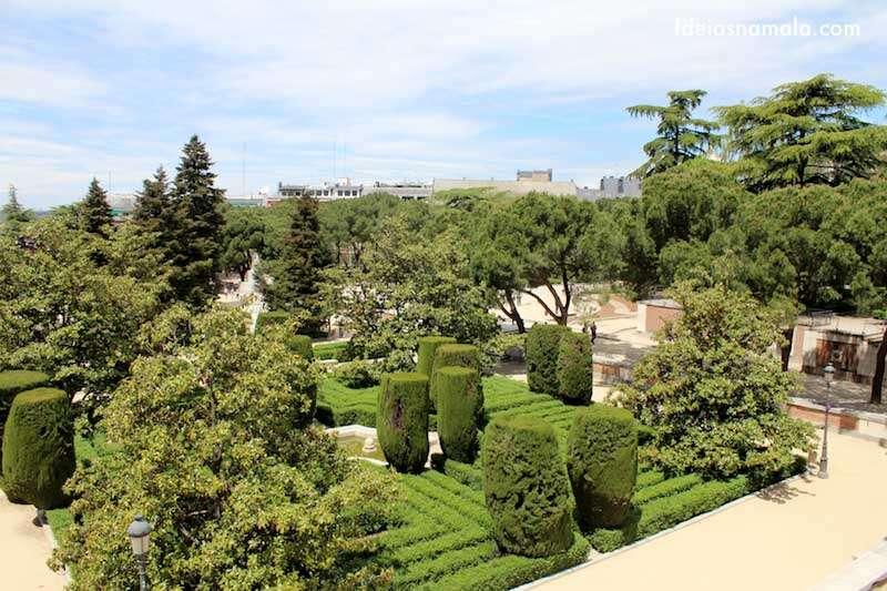 Pin Jardins Pequenos Conheça O Charme De Se Ter Um Pequeno Jardim Na