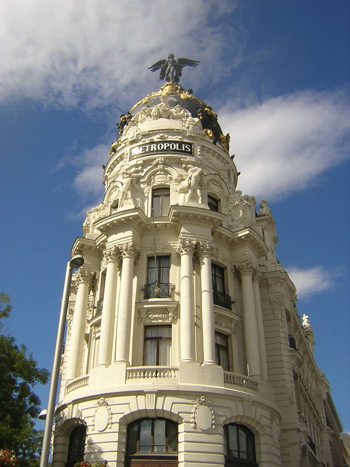 Edifício Metropolis - Madri
