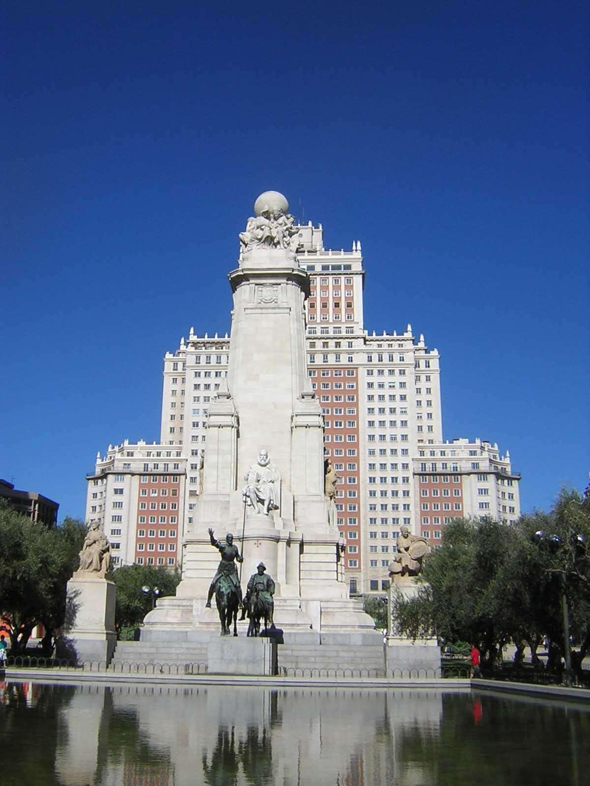 Plaza de Espanha - Madri