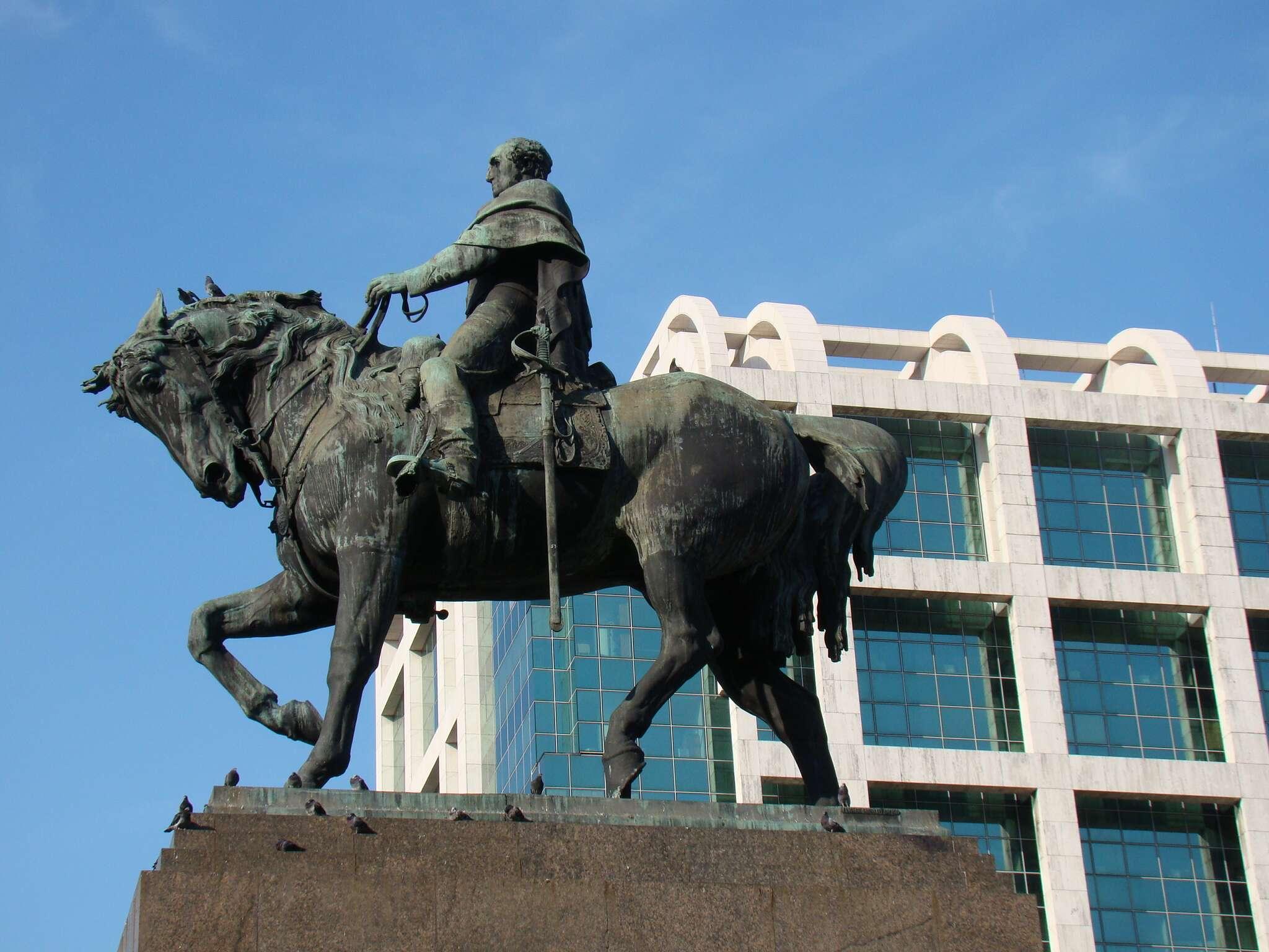 Cavalo na Praça da independencia - Montevidéu