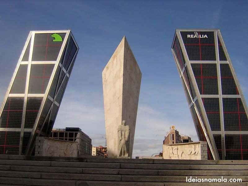 Plaza de Castilla - Madri