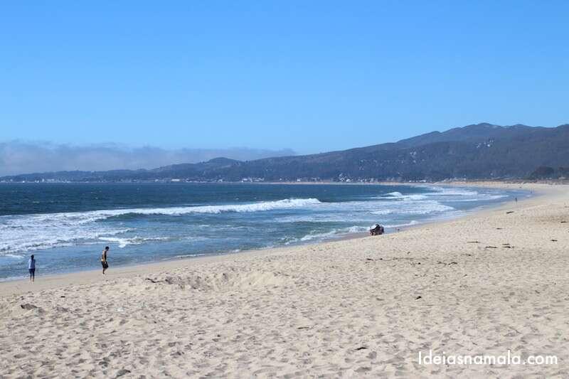 Praia de Halfmoon Bay