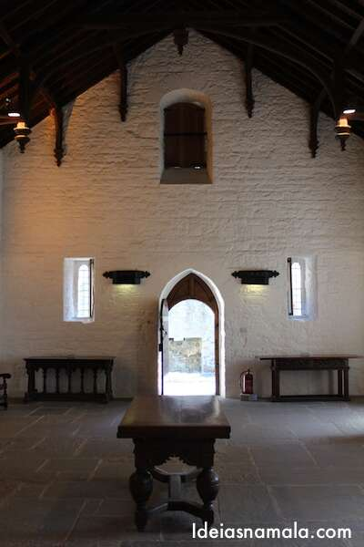 Interior do Castelo de Cahir, Irlanda