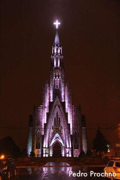 Igreja_de_pedra_Canela
