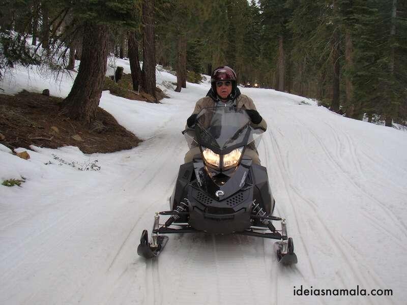 Snow Mobile em Tahoe