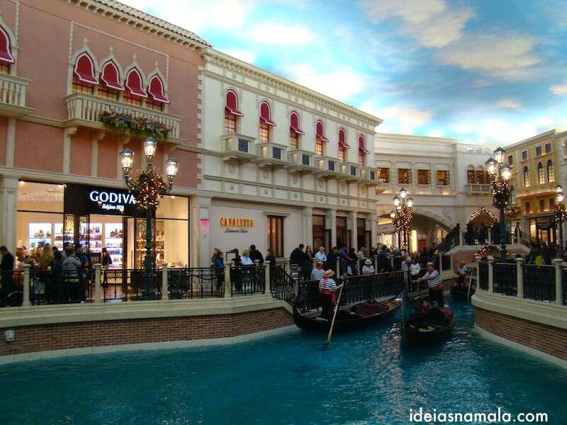 Passeio de Gondolas no Venetian