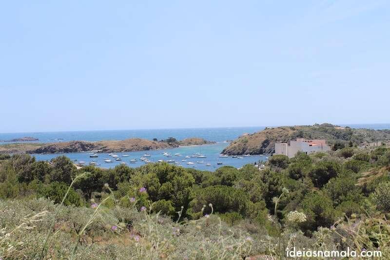 Port Lligat vista da estrada