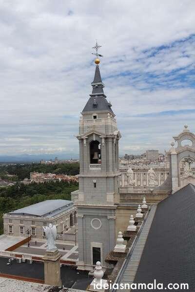 Madri vista do alto da Catedral da Almudena
