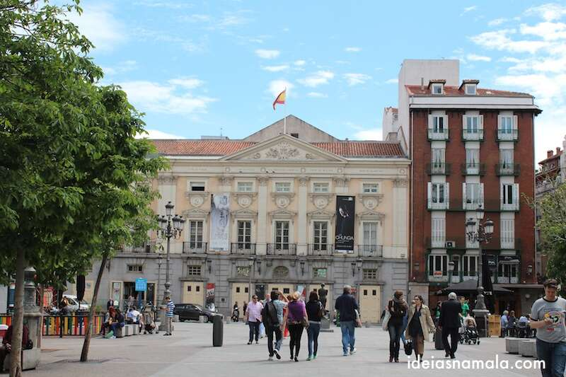 Teatro Espanhol na Plaza de Santa Ana