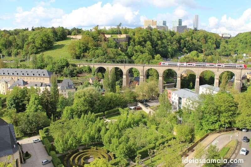 Luxemburgo vista da esplanada das Casamatas