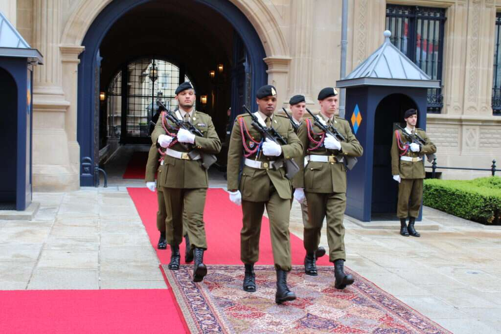 Troca de guardas em Luxemburgo