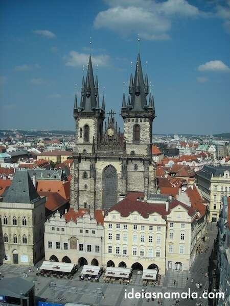 Praga vista do alto da torre do relógio