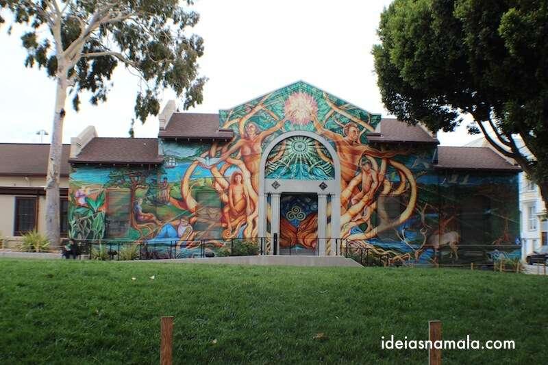 Piscina de Mission - Grafites