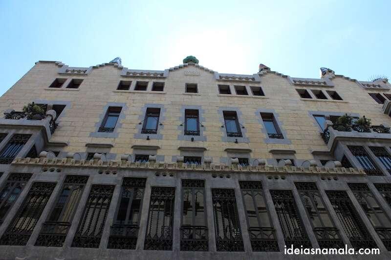 Fachada do Palau Güell - Barcelona
