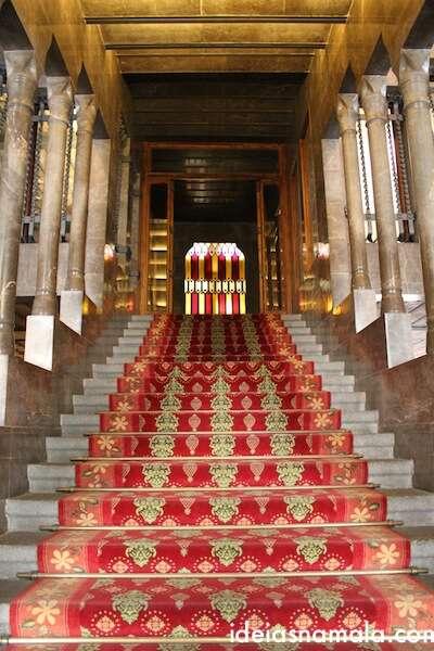A escadaria Principal: Palau Guell
