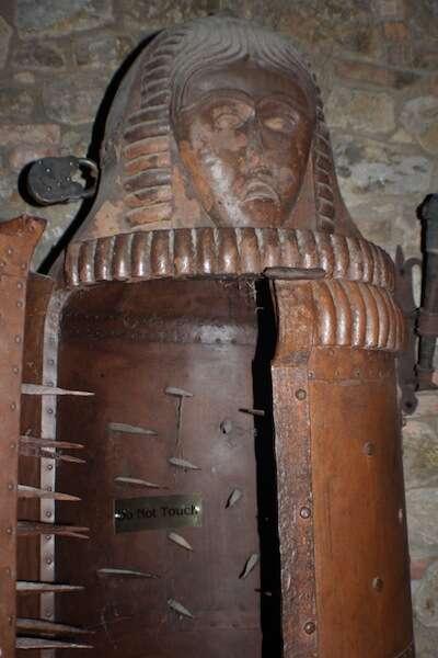 engenhoca de torturar - Castelo di Amorosa