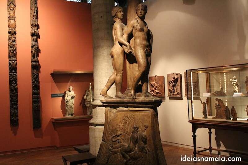 Uma das salas do museu da cidade de Bruxelas