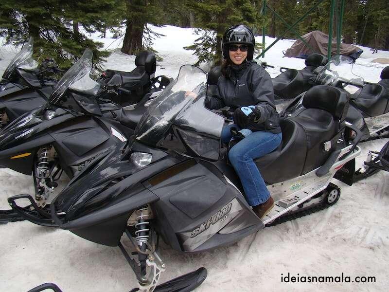 Eu no passeio de Snowmobile em Lake Tahoe