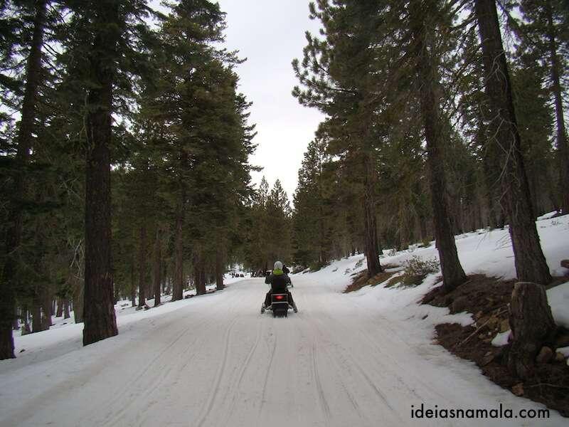 Trilha de Snow Mobile -Tahoe