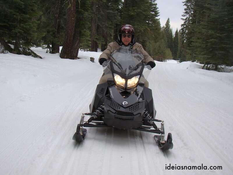Passeio de Snowmobile em Lake Tahoe