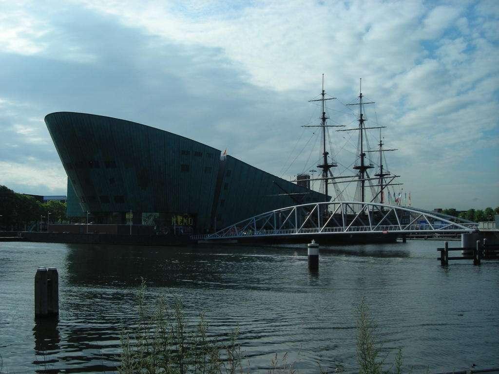 Museu Nemo -  Amsterdã