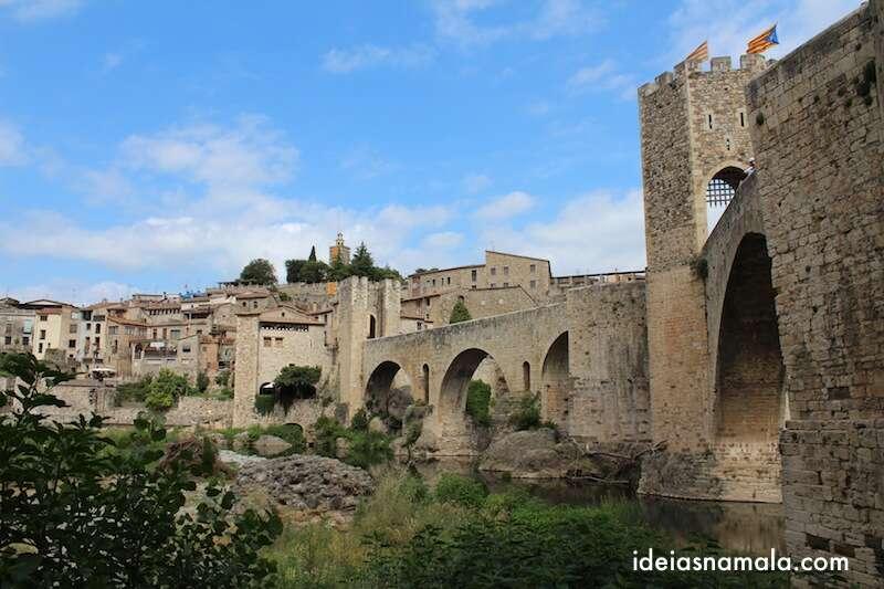 Ponte na Entrada de Besalú