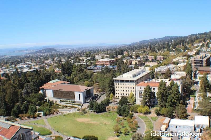 Vista do alto da torre de Berkeley