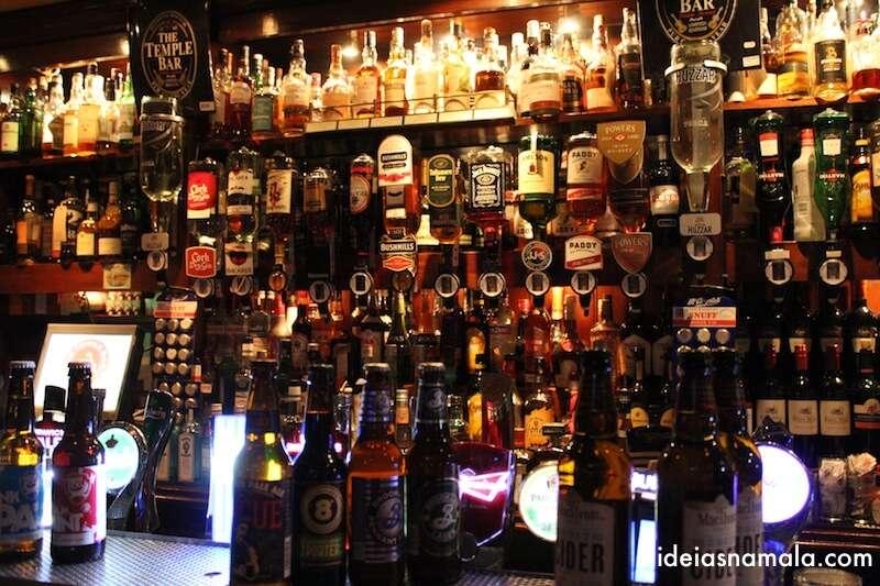 Mil bebidas no Temple Bar, Dublin