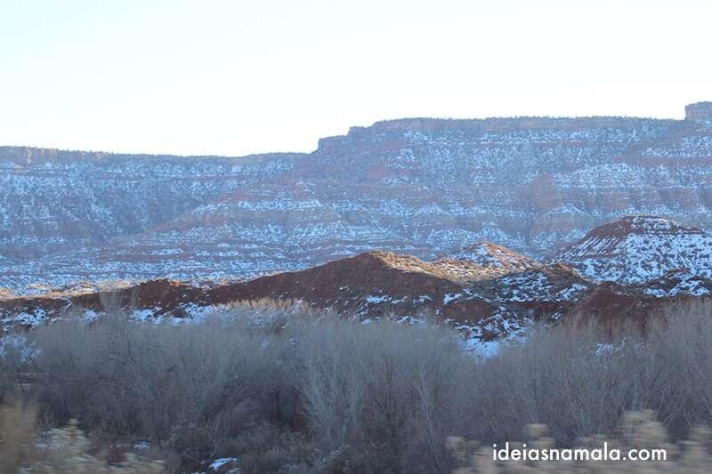 Montanhas pertinho de Springdale, Utah
