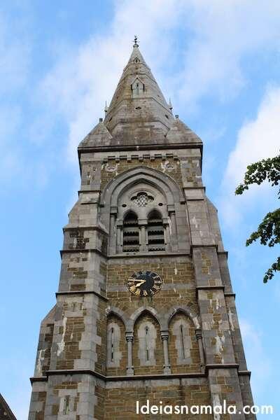 Igreja no centro de Killarney