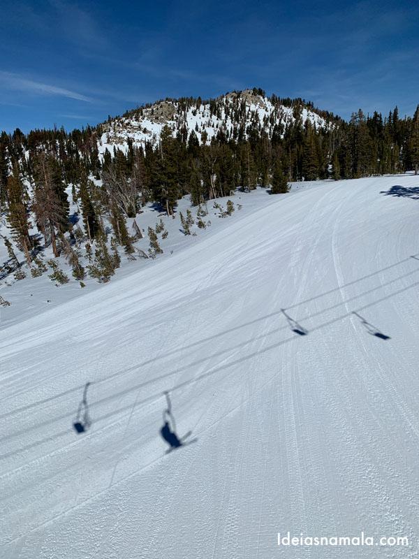 Montanha de esqui em Mammoth Lakes