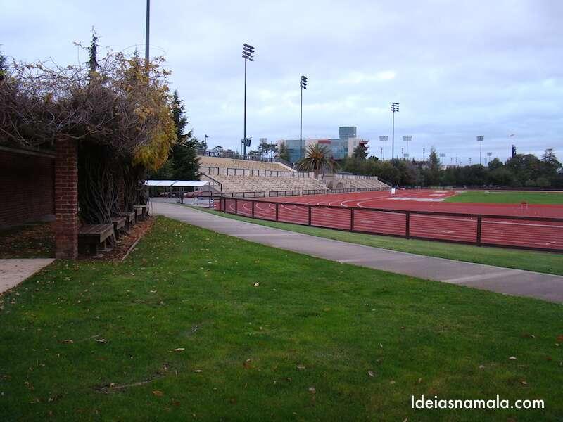 Instalações Esportivas - Stanford
