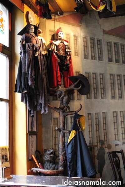 Bar Poechenellekelder em Bruxelas