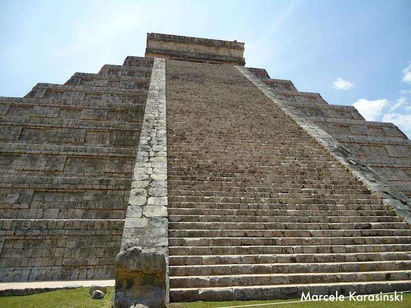Chichen Itzá: piramides pertinho de Cancún