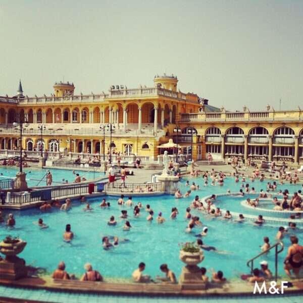 Termas Schezeny - Uma das principais atrações turísticas de Budapeste