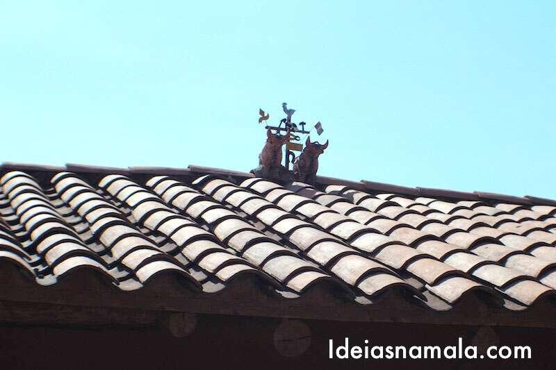 Touros no telhado - Peru