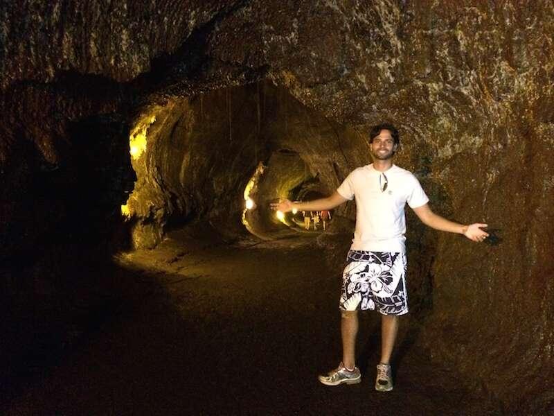 Caverna de Lava - Parque Nacional dos Vulcões
