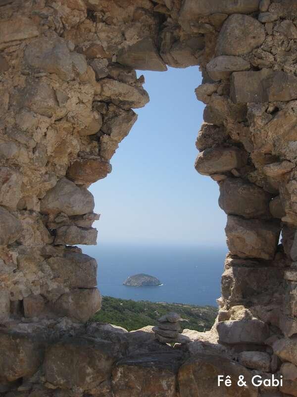 Monolitho's Castle