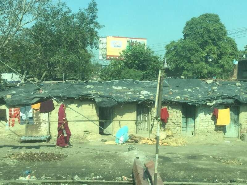 Índia da janela do trem