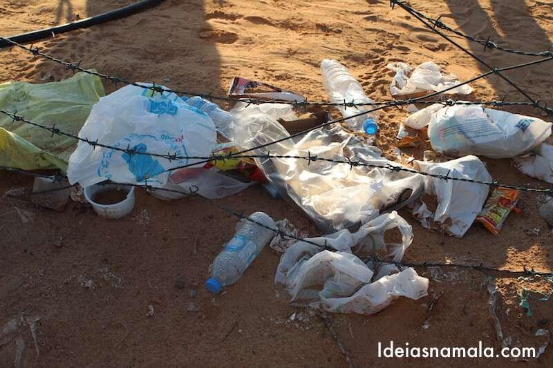 Dubai: lixo no deserto