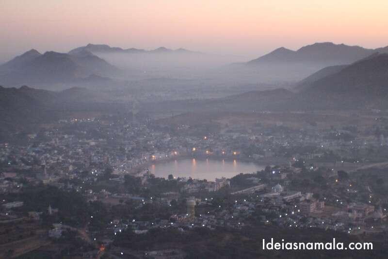 Nascer do sol em Pushkar