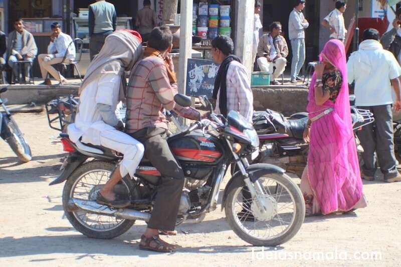 Moto na Índia
