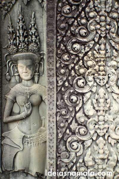 Divindade feminina no Angkor