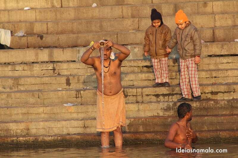 Banho no Ganges - Varanasi