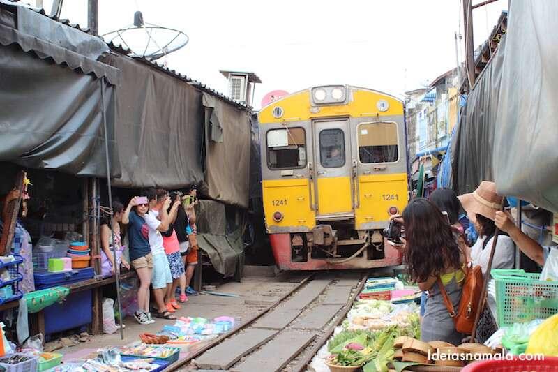 Mercado Maeklong - Tailândia