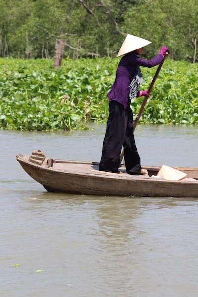 Barco tradicional em Cai Be - Vietnã