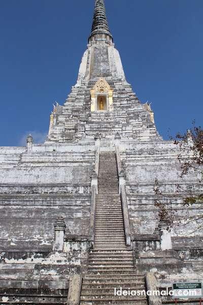 Templo em Ayutthaya - Tailândia