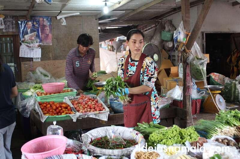 Verduras no Mercado de Maeklong