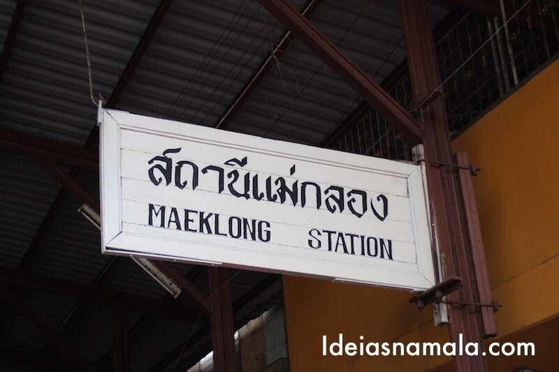 Mercado de Maeklong -Tailândia