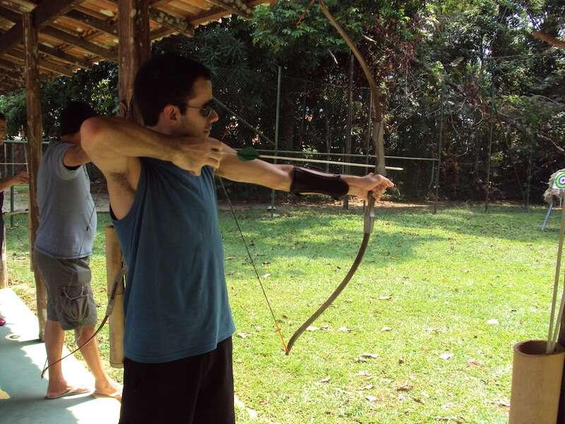 Arco e flecha - Hotel Tropical Manaus